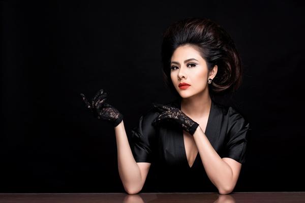 Bộ ảnh được thực hiện với sự hỗ trợ của Makeup: Hùng Việt, Hair: Jolie Châu, Photo: Fynz, Fashion: kan boutique.