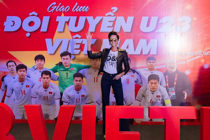 HHen Niê, Mr. Đàm hào hứng gặp tuyển U23 Việt Nam ở Sài Gòn