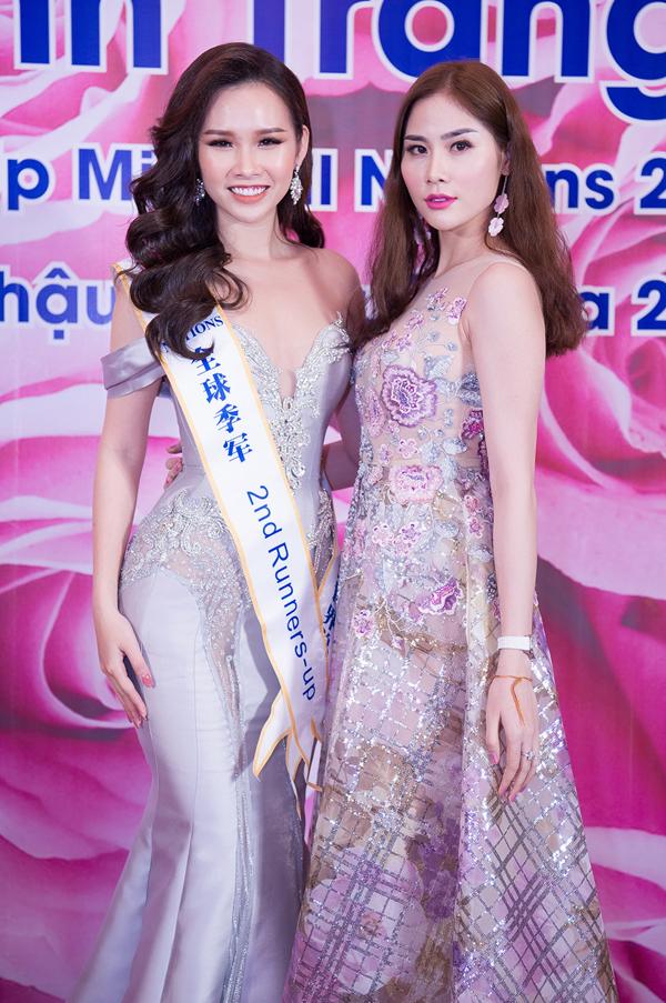 Lại Thanh Hương mặc hở đi tiệc sau ồn ào diễn bikini đón tuyển U23 - ảnh 5