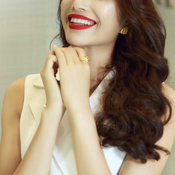 Những món trang sức vàng 24k thuần khiết mang đến năng lượng tích cực trong năm mới.