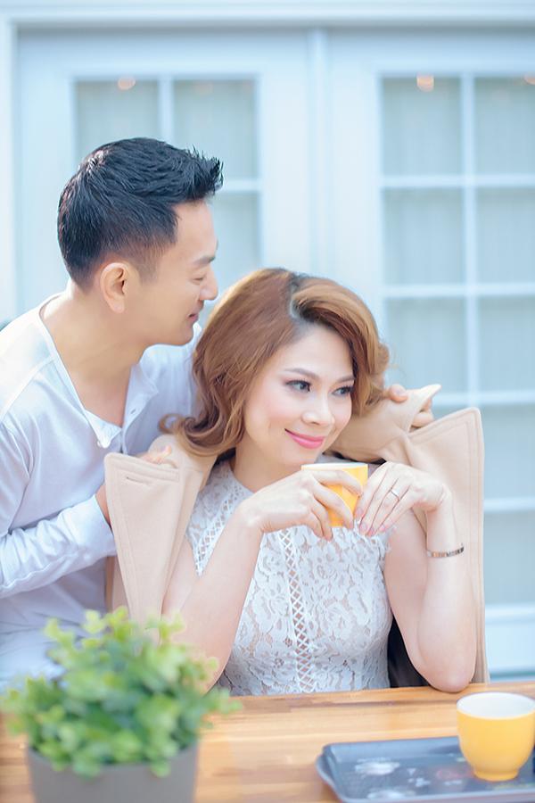 Bạn trai Việt kiều quấn quýt bên Thanh Thảo - 4