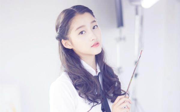 Nhan sắc tinh khiết của bạn gái Luhan-Quan Hiểu Đồng.