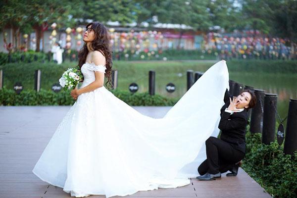 Ảnh cưới phá cách của cặp đôi gây sốt cộng đồng - 2