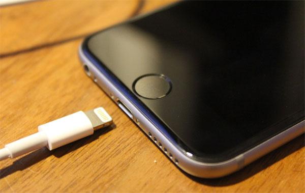 Thời gian chờ thay pin iPhone được rút ngắn