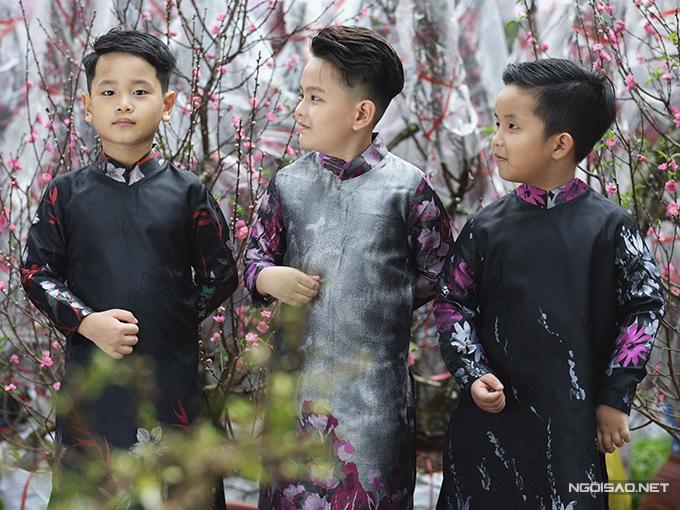 Mẫu nhí diện áo dài rạng rỡ trong vườn hoa xuân - ảnh 10