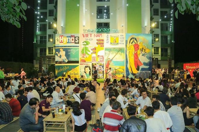 Khoảnh không khoáng đạt của tầng 3 tại The Garden Mall, phảng phất dấu ấn văn hóa Sài Gòn xưa là địa điểm lý tưởng cho các bữa tiệc và tổ chức sự kiện ngoài trời ấn tượng.