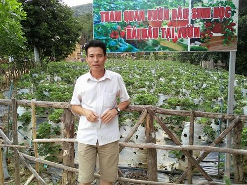 Anh Sáng có niềm đam mê trồng rau sân thượng nhiều năm nay.