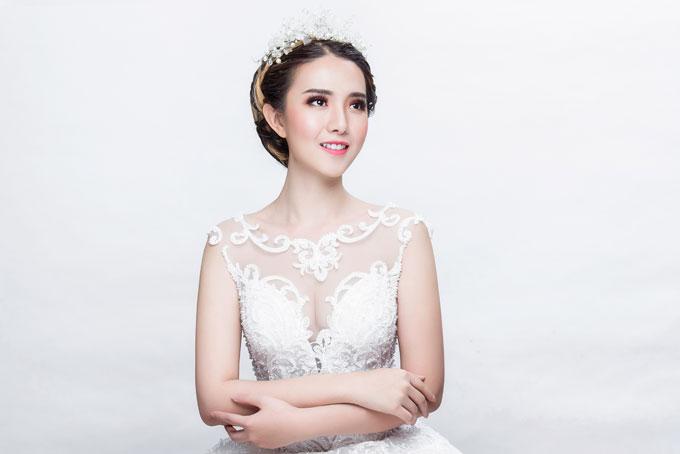 Bộ ảnh do chuyên gia trang điểm Mai Mak, người mẫu Mitu và photo Fynz hỗ trợ thực hiện.