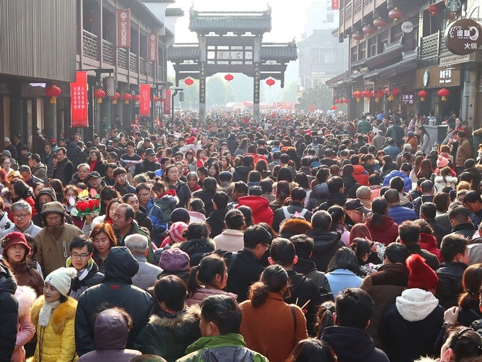Cảnh tượng du xuân cùng biển người ở Trung Quốc