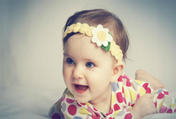 Bé gái thường sớm biết nói hơn.