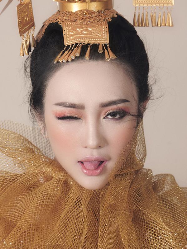 Bộ ảnh được thực hiện với sự hỗ trợ của Photo: Zim Lục Stylist: Thiều Ngọc  Model: Như Lê Make up: Cao Tuấn đạt Hair: Vân Trần