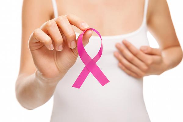 Tăng nguy cơ ung thư Theo Tổ chức Y tế Thế giới, các loại ung thư đường tiêu hóa, thận hay đại tràng đều có liên quan đến tình trạng thừa cân. Chất béo nội tạng cũng chính là tác nhân làm tăng nguy cơ mắc chúng.