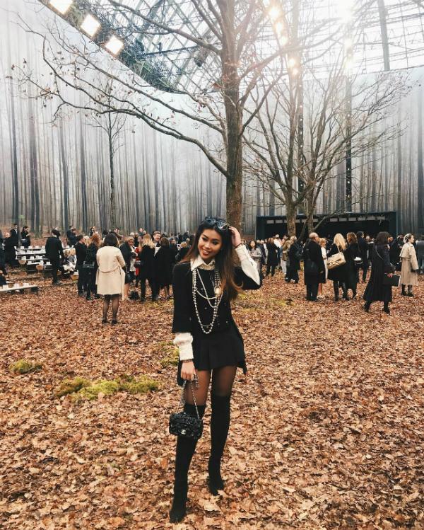 Thảo Tiên khoe street style sành điệu trong khu rừng mùa thu của Chanel.