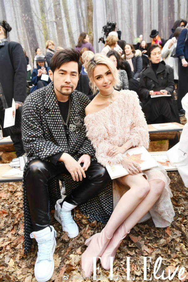 Châu Kiệt Luân cùng bà xã Côn Lăng dự Paris Fashion Week.