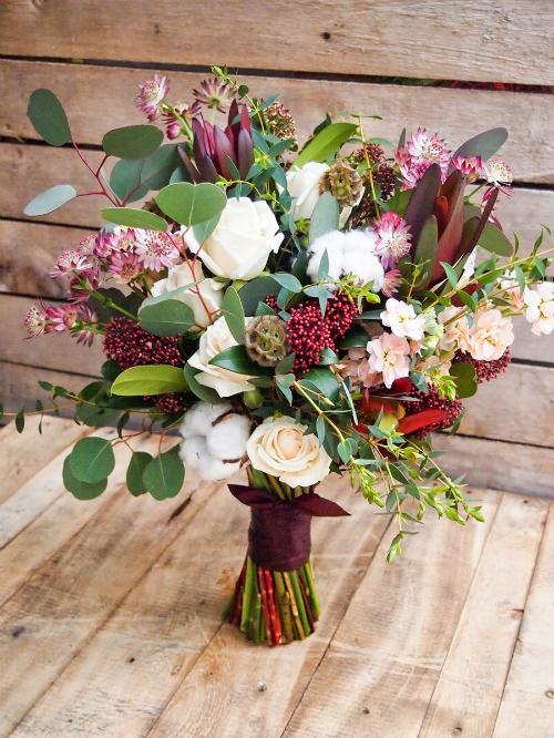 Hoa cưới 2018: Chọn màu may mắn theo con giáp (Phần 1) - 24
