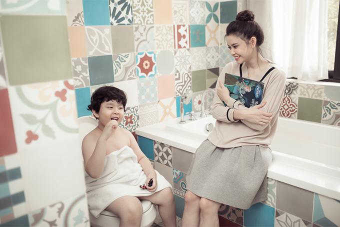 Đời thường đáng yêu của mẹ con Trương Quỳnh Anh - 2
