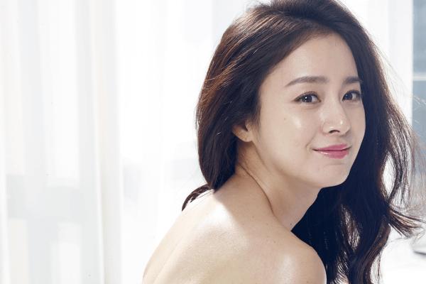 Hàn Quốc Phụ nữ Hàn Quốc có tiêu chuẩn nhan sắc chung là da trắng, mắt to, mũi cao, thân hình thanh mảnh. Tiêu chuẩn này được áp dụng