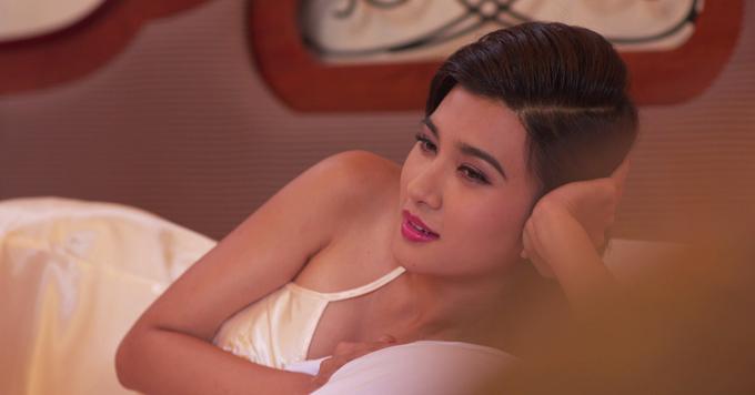 Tạo hình của Kim Tuyến trong phim Mộng phù hoa.