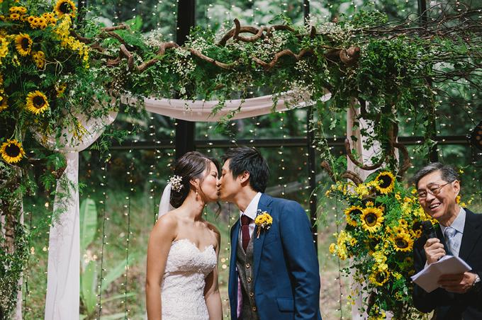 Lời khuyên mà cặp đôi này muốn gửi tớinhững người sắp tố chức tiệc cưới là đừng chú ý đến những thứ bạn không có. Thay vào đó, hãy tập trung vào những gì bạn có. Mỗi tiệc cưới đều khác nhau và điều quan trọng là phải thành thật với chính bản thân mình. Sau tất cả, đám cưới chỉ là một ngày; bạn nên tận hưởng cả quá trình và mọi khoảnh khắc. Như vậy, mọi chuyện sẽ diễn ra một cách trôi chảy.