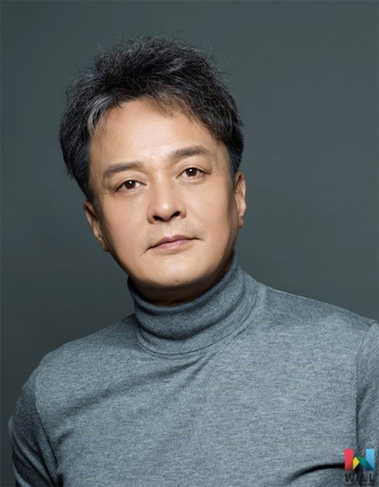 Nam diễn viên Jo Min Ki chết ở tuổi 51.