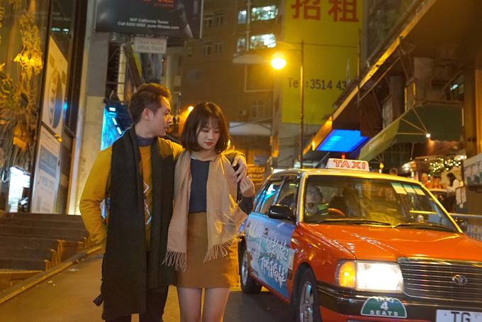 Đăng Khôi tình cảm với em gái mưa Thanh Vy ở Hong Kong