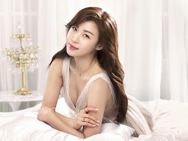 5 bí quyết giúp Ha Ji Won giữ làn da đôi mươi dù đã bước sang tuổi 40 - ảnh 1