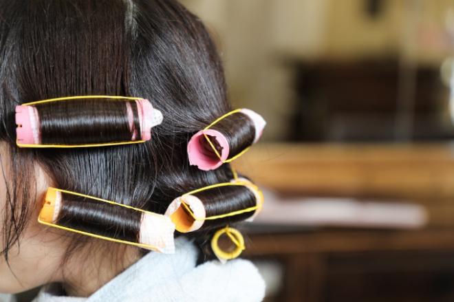 Tạo kiểu không cần máy sấy để giữ tóc luôn khỏe.