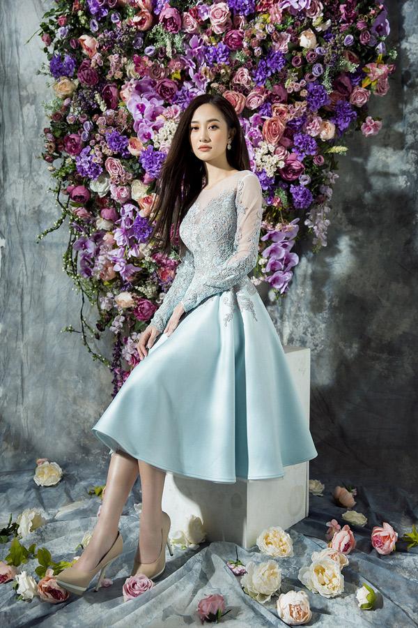 Nữ diễn viên thích các gam màu pastel như hồng thạch anh, xanh baby...
