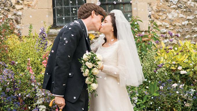 Khoảnh khắc lễ cưới đẹp và lãng mạn trong phim.