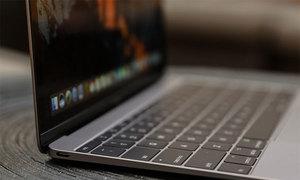 iPad 2018 và MacBook Air 2018 có giá rẻ hơn