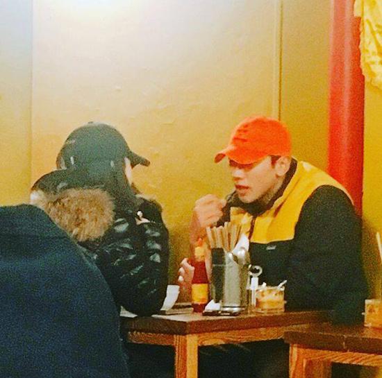 Nhà hàng món ăn Hội An ở Seoul nơi vợ chồng Kim Tae Hee - Bi Rain ghé qua - ảnh 1