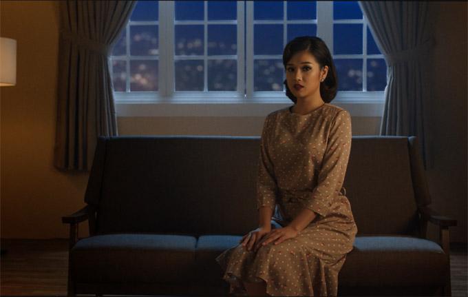 Hoàng Yến Chibi tiếc nuối mối tình đầu trong MV Nụ hôn đánh rơi - 9