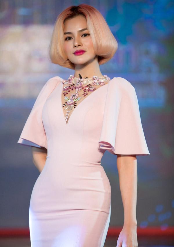 Vũ Thu Phương là khách mời trong tập 2 chương trình Phụ nữ quyền năng, phát sóng tối 17/3.