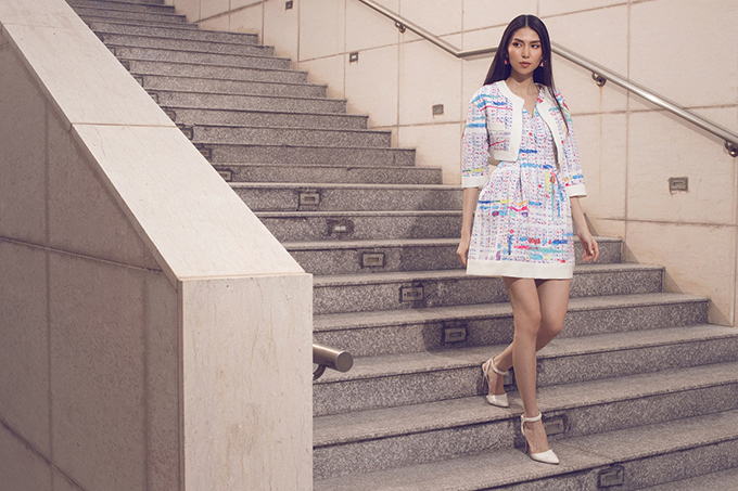 Bộ sưu tập tổng hợp nhiều kiểu dáng váy áo để giúp các nàng mê mặc đẹp thoả sức chọn lựa, mix đồ để toả sáng tại văn phòng.