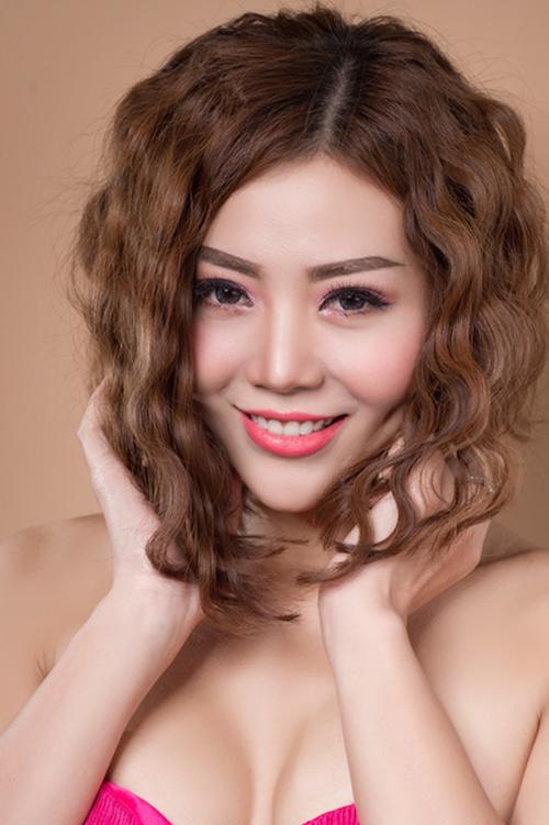 Chia sẻ với Ngoisao.net, Thanh Hương cho biếtcô nhiều lúc cảm thấy mệt mỏi vì cường độ quay liên tục và có nhiều cảnh bị đánh đập. Nhân vật của Thanh Hươngthường xuyên bị đánh nên bản thân cô cũng thường xuyên bị bầm dập, tím tái vì chấn thương trong quá trình làm phim.