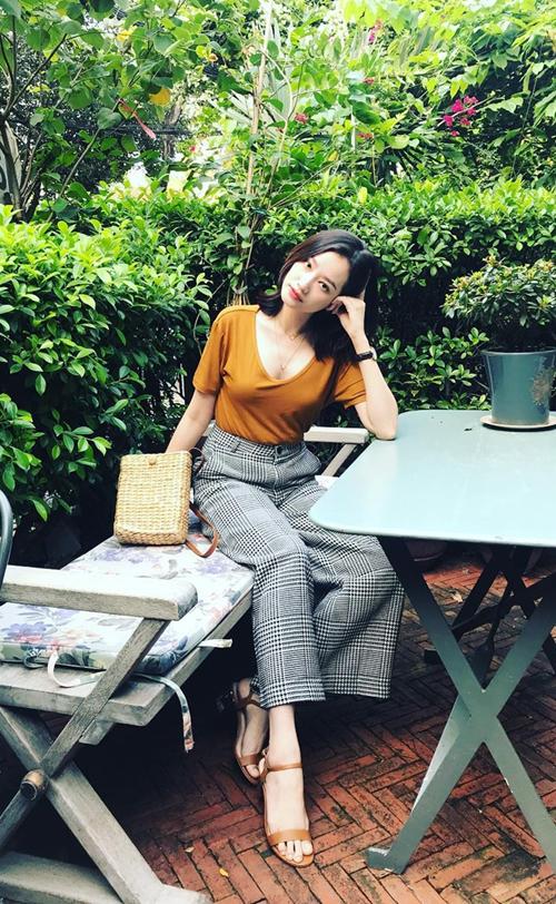 Học sao Việt phối hai mẫu phụ kiện ăn khách mùa hè - 8