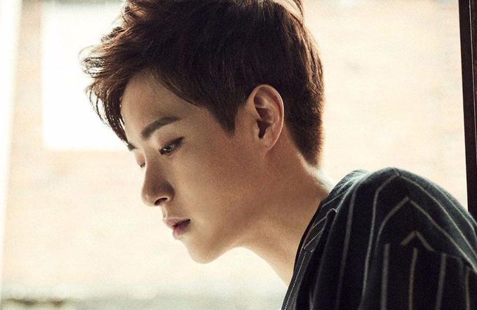 Ca sĩ Minwoo qua đời ở tuổi 33.