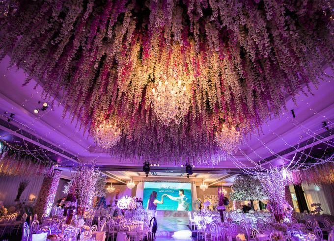 Được tổ chức tại Sydney, Australia, tiệc cưới của Aysha và Salim đã khiến cả thành phố chú ý -Vesna Grasso, người thực hiện hôn lễ cho biết. Mềm mại, lãng mạn, sang trọng và quy mô là những tính từ mà vị chuyên gia sử dụng để miêu tả về đám cưới này.