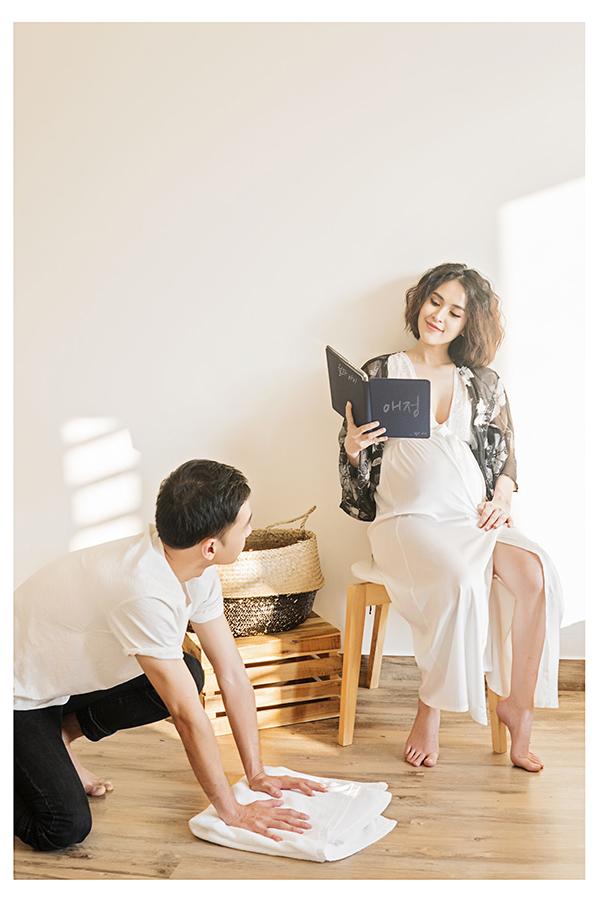 Văn Anh thay Tú Vilàm việc nhà, cô thèm ăn gì là anh lập tức đi nấu dù vào sáng sớm hay nửa đêm.
