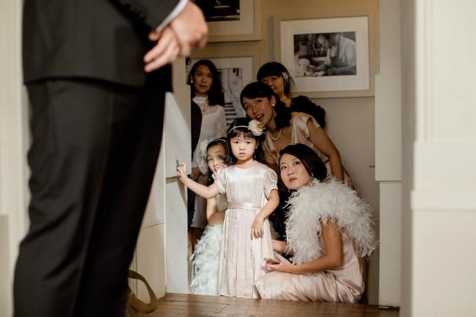 Tiệc cưới Gatsby của cặp hàng xóm trúng tiếng sét ái tình sau 10 năm gặp lại - 4