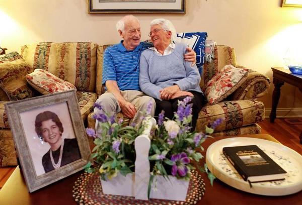 50 năm sau ngày ly hôn, ôngHarold và bàLillian quyết địnhtái hôn trong lễ cưới tổ chức vào 14/4 tới. Ảnh:Charles Bertram.