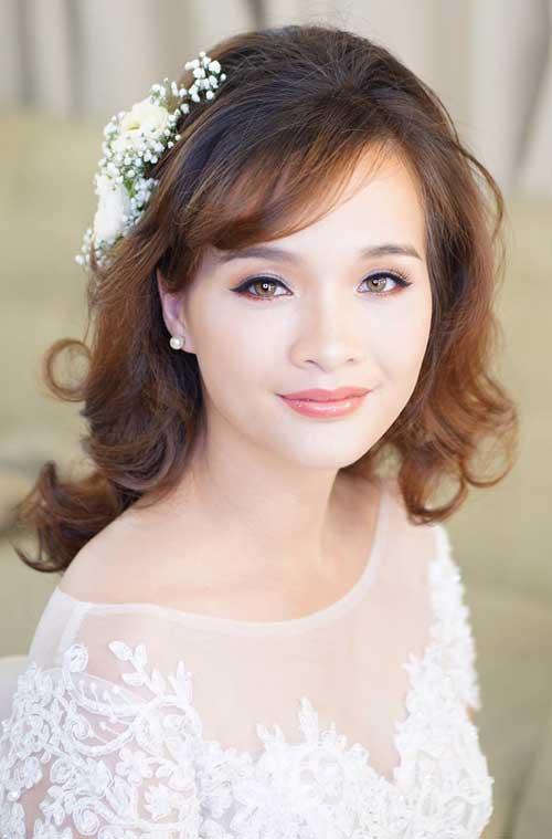 Kiểu tóc ngày cưới hoàn hảo là phải phù hợp với bạn và khiến bạn tự tin.