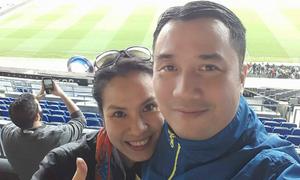 Chuyến thăm Nou Camp đầy cảm xúc của cặp dancesport Hồng Việt - Thu Trang