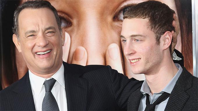 Diễn viên trẻ Chet Hanks - con trai của tài tử Tom Hanks - từng trải lòng về chứng nghiện ma túy của anh trong video đăng tải trên Instagram năm 2015. Chet thú nhận rằng anh đã phải đi cai nghiện tại một trung tâm trong suốt 1 tháng hè.