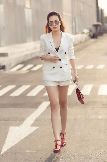 Diễm Trần khoe streetstyle cá tính - 6
