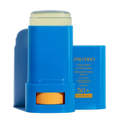 Thỏi sáp chống nắng của Shiseido ghi điểm ở khả năng chống thấm nước và mồ hôi, thích hợp sử dụng khi đi biển. Sản phẩm có giá 28 USD (khoảng 560.000 đồng).