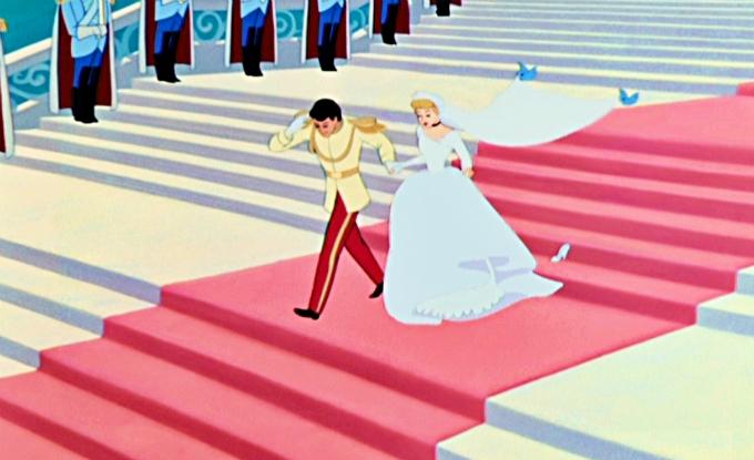 Hình ảnh được cho là nguồn cảm hứng của màn khăn voan bay trong một số lễ cưới tại Trung Quốc.