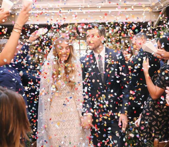 Chúng tôi muốn buổi tiệc diễn ra trong không khí ấm cúng và Palma là nơi hội tụ đầy đủ điều đó cùng sựsang trọng, cô dâu nói thêmvề địa điểm tổ chức tiệc cưới.