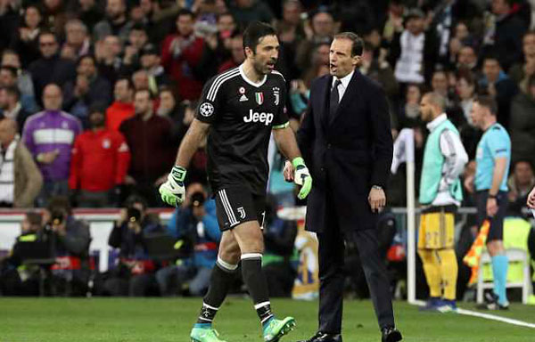 Buffon bị đuổi phút bù giờ, Juve gục ngã trước ngưỡng cửa thiên đường - 6