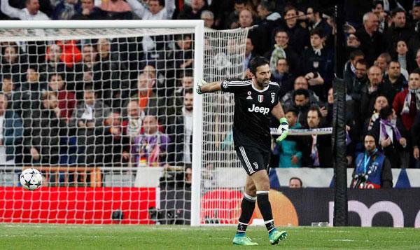 Buffon bị đuổi phút bù giờ, Juve gục ngã trước ngưỡng cửa thiên đường - 5